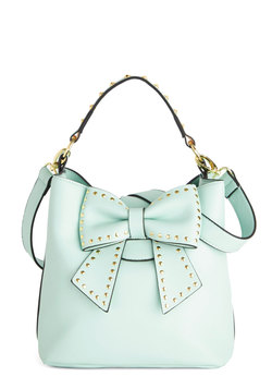 Betsey Johnson Outfit of the Daring Bag in Mint