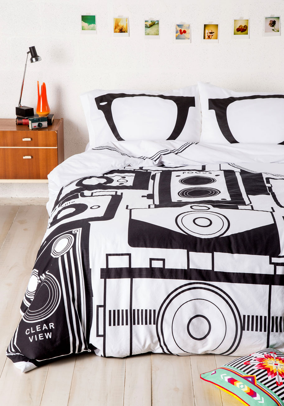 Worth A Thousand Worlds Duvet Cover In Twin Twin Xl Mod