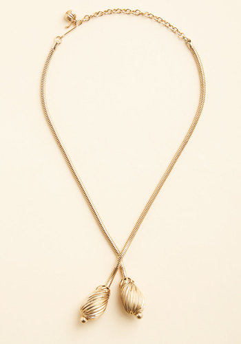 Vintage Hooper's Gilt Necklace