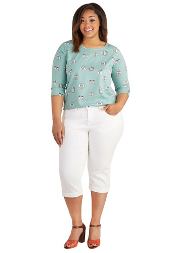 Sandcastle Stylist Capri Jeans in White - Plus Size by Levi's - Cotton, Denim, Woven, White, Solid, Pockets, Cropped, Variation, Americana