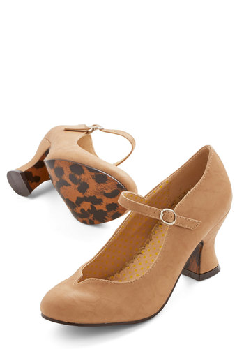 Eyeful of Elegance Heel in Toffee - Tan, Solid, Work, Vintage Inspired, Mid, Mary Jane, Variation