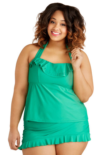 Emerald Island Getaway Swimsuit Top in Plus Size - Knit, Green, Solid, Ruffles, Beach/Resort, Halter, Summer, High Waist, Tankini, Skirted