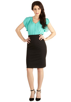 Big City Shopping Skirt in Black