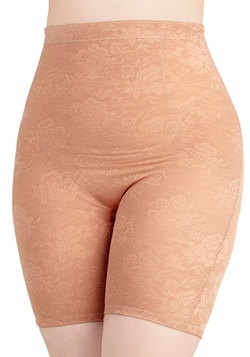 Smooth Your Soul Contouring Shorts in Mauve - Plus Size
