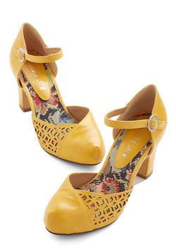 Vivacious Visit Heel in Saffron