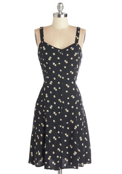 Nights and Daisies Dress in Dots
