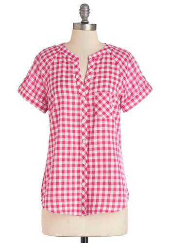Market Meet-Up Top in Magenta - Pink, White, Checkered / Gingham, Buttons, Casual, Rockabilly, Short Sleeves, Spring, Variation, Pink, Short Sleeve, Americana, Long, Cotton, Woven