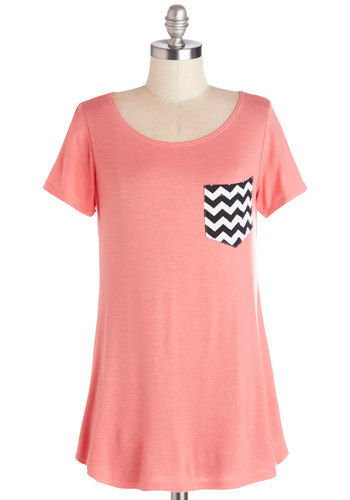 Flawless Pizzazz Tunic in Coral - Pink, Pink, Short Sleeve, Knit, Long, Solid, Chevron, Casual, Short Sleeves, Spring, Pockets, Variation, Scoop