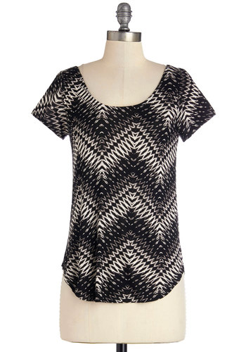Lithography Class Top in Black Chevron - Black, Short Sleeve, Knit, Mid-length, Black, Chevron, Short Sleeves, Tan / Cream, Cutout, Casual, Scoop