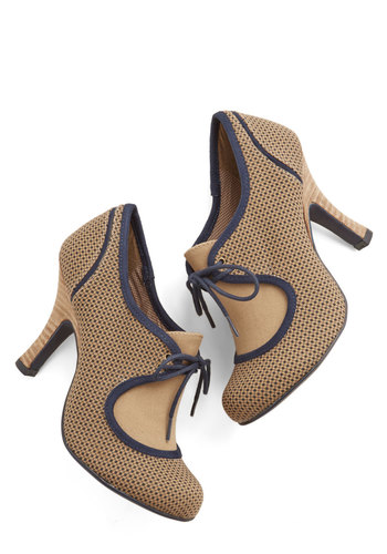 Trend Translator Heel - Mid, Woven, Tan, Polka Dots, Party, Work, Vintage Inspired, Best, Lace Up, Blue, 20s, 30s
