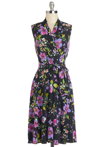 Paris? Oui! Dress in Noir - Multi, Floral, Daytime Party, A-line, Sleeveless, Woven, Better, Variation, V Neck, Belted, Wrap, Long