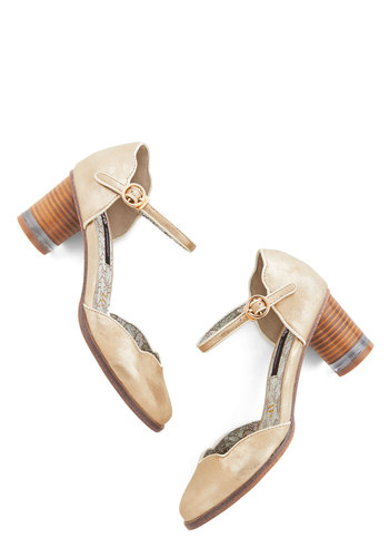 Scallop All Night Heel in Gold - Mid, Gold, Solid, Scallops, Party, Work, Mary Jane, Chunky heel, Variation