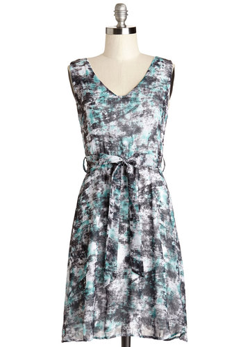 Cool Currents Dress - Blue, Grey, Tie Dye, Belted, Casual, A-line, Sleeveless, Summer, Woven, Good, V Neck, Mid-length, Multi, White
