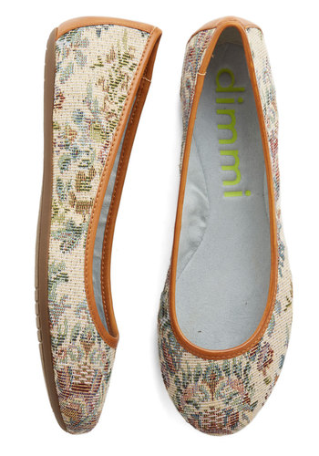 Loom in Bloom Flat - Woven, Flat, Cream, Paisley, Work, Casual, Tan / Cream, Floral