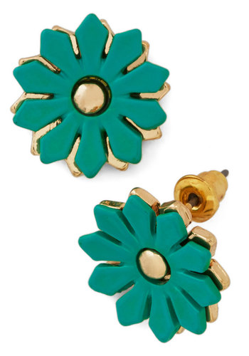 Dance Fleur Fab Earrings - Solid, Flower, Studs, Gold, Good, Green