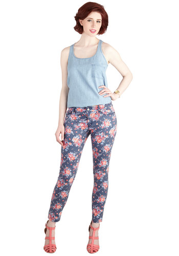 I'm with Fleur Jeans - Skinny, Good, Low-Rise, Full length, Blue, Printed/Patterned, Denim, Denim, Woven, Blue, Pink, Floral, Pockets, Casual, Vintage Inspired, 90s, Spring, Social Placements