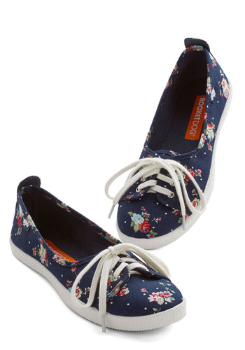 Walk of the Town Flat in Floral - Flat, Woven, Blue, Multi, Floral, Casual, Darling, Good, Lace Up, Variation, Top Rated
