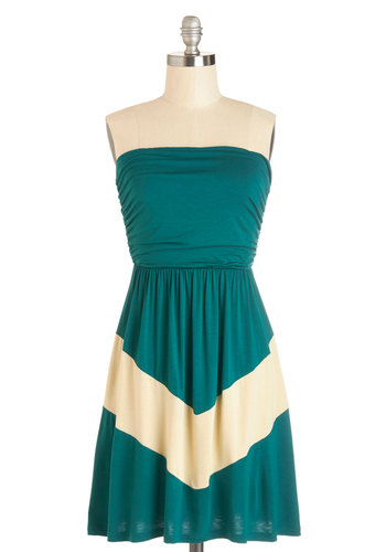 Style Symmetry Dress - Green, Ruching, Casual, Colorblocking, A-line, Strapless, Summer, Knit, Good, Mid-length, Tan / Cream