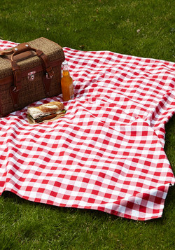 Backyard Bliss Picnic Blanket