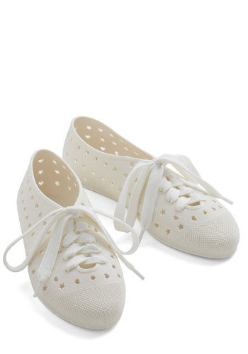 Tremendous Touch Flat in Off-White - Flat, White, Solid, Cutout, Casual, Urban, Kawaii, Better, Lace Up, Variation, Summer