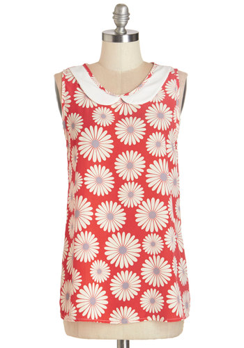 Classy Collector Top in Floral - Woven, Mid-length, Red, Tan / Cream, Floral, Peter Pan Collar, Vintage Inspired, 60s, Sleeveless, Summer, Red, Sleeveless
