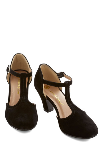 Hep in Your Step Heel in Black
