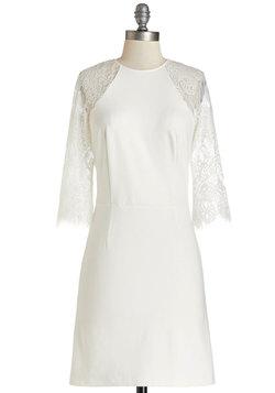 Par Fate Dress in White