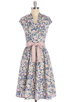 Greeting Postcard Dress in Flowers
