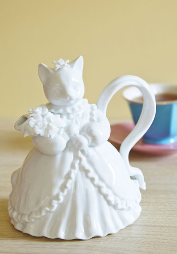 Purr Me a Cup Teapot - White, French / Victorian, Quirky, Cats, Critters, Good, Hostess
