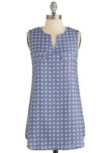 Rooftop Harvest Tunic in Anchors - Blue, Novelty Print, Beach/Resort, Nautical, Sleeveless, Spring, Summer, Blue, Sleeveless, Variation, Casual, Good, Long