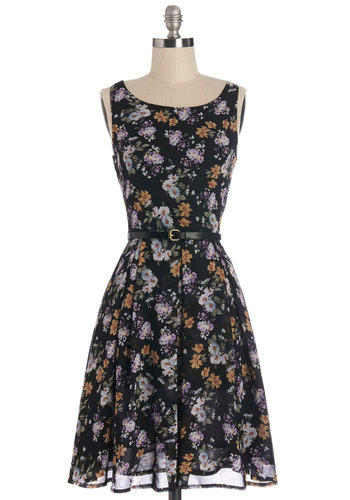 Petal Expert Dress in Blooms - Multi, Floral, Exposed zipper, Belted, Casual, A-line, Sleeveless, Woven, Good, Scoop, Fall, Mid-length