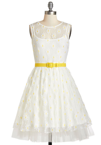 A Field Daisy Dress - Prom, White, Yellow, Floral, Belted, Special Occasion, Vintage Inspired, 90s, Fit & Flare, Sleeveless, Summer, Woven, Better, Scoop, Mid-length, Lace, Tulle, Tiered