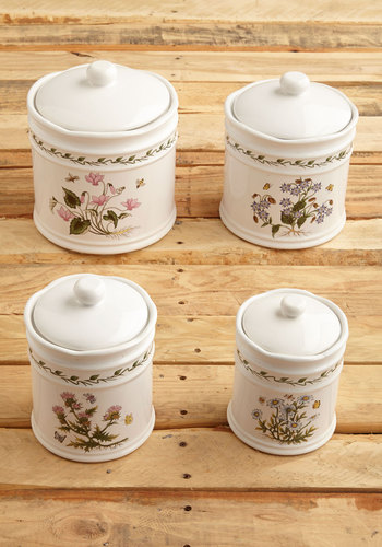 Vintage Well Spread Container Set