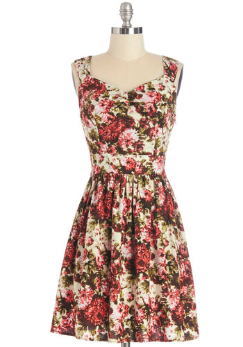 Floral Noir Dress in Bright - Multi, Floral, Backless, Daytime Party, A-line, Sleeveless, Summer, Woven, Good, Mid-length, White, Variation, Sweetheart, Social Placements