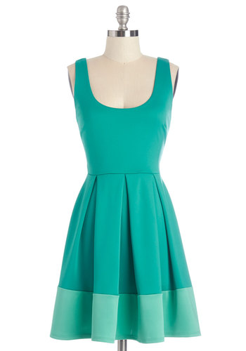 Floral di Latte Dress in Foliage - Blue, Green, Pleats, Casual, Colorblocking, A-line, Sleeveless, Summer, Knit, Good, Scoop, Mid-length, Variation