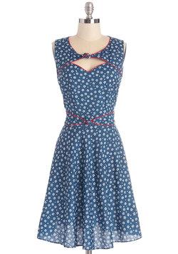 Good Ol' Daisy Dress in Blue Bouquet