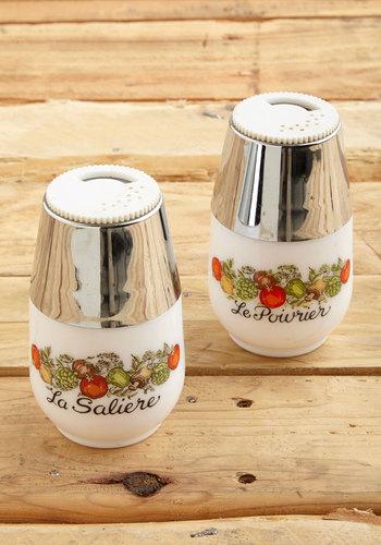 Vintage Barnyard Bash Shaker Set
