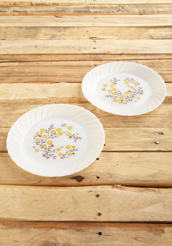 Vintage Every Sandwich Way Plate Set
