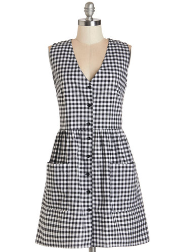 Checks, Please! Dress by Motel - Black, White, Checkered / Gingham, Buttons, Casual, A-line, Sleeveless, Woven, Better, V Neck, Mid-length, Cotton, Multi, Pockets