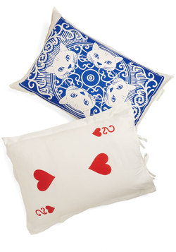 A Royal Plush Pillowcase Set