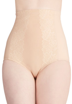 Going on Contour Undies in Beige