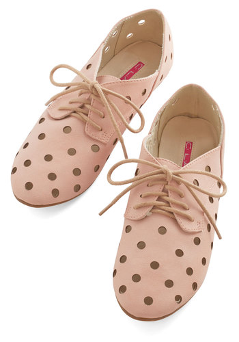 Street Style Survey Flat - Flat, Faux Leather, Pink, Solid, Cutout, Daytime Party, Menswear Inspired, Vintage Inspired, 20s, Good, Lace Up, Casual, Pastel