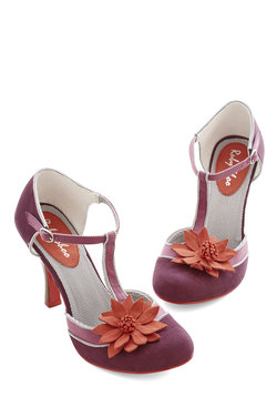 Foxy Trot Heel in Grape