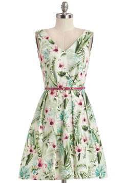 Make a Grand Entrance Dress in Garden