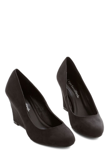 Simple and Chic Wedge - Mid, Black, Solid, Party, Work, Minimal, Good, Wedge, Basic
