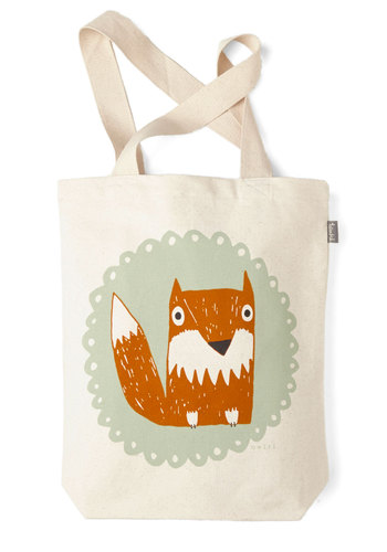 The Crowd Goes Wilderness Tote in Fox - Multi, Casual, Beach/Resort, Critters, Print with Animals, Cotton, Travel, Woodland Creature