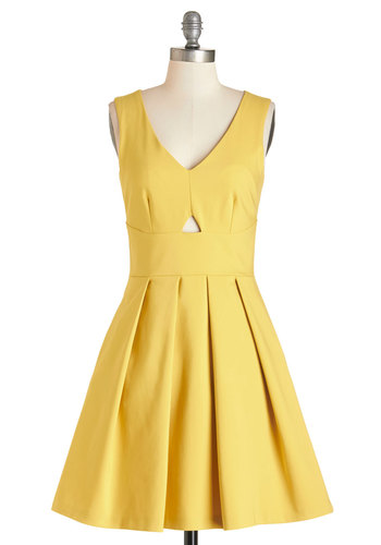 Gilded Gardens Dress by Closet - Yellow, Solid, Cutout, Pleats, Daytime Party, A-line, Sleeveless, Summer, Woven, Better, V Neck, Pockets, Mid-length