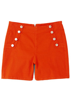 Sailorette the Seas Shorts in Red
