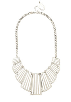Vogue Verve Necklace