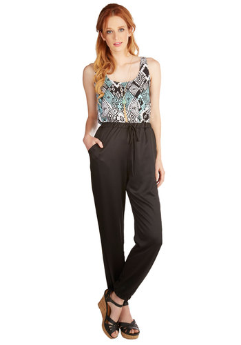 In the Name of Luxury Pants - Tapered Leg, Good, High Rise, Full length, Black, Non-Denim, Satin, Woven, Black, Solid, Pockets, Casual, Ankle